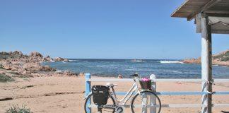 Viajando sozinha de bicicleta