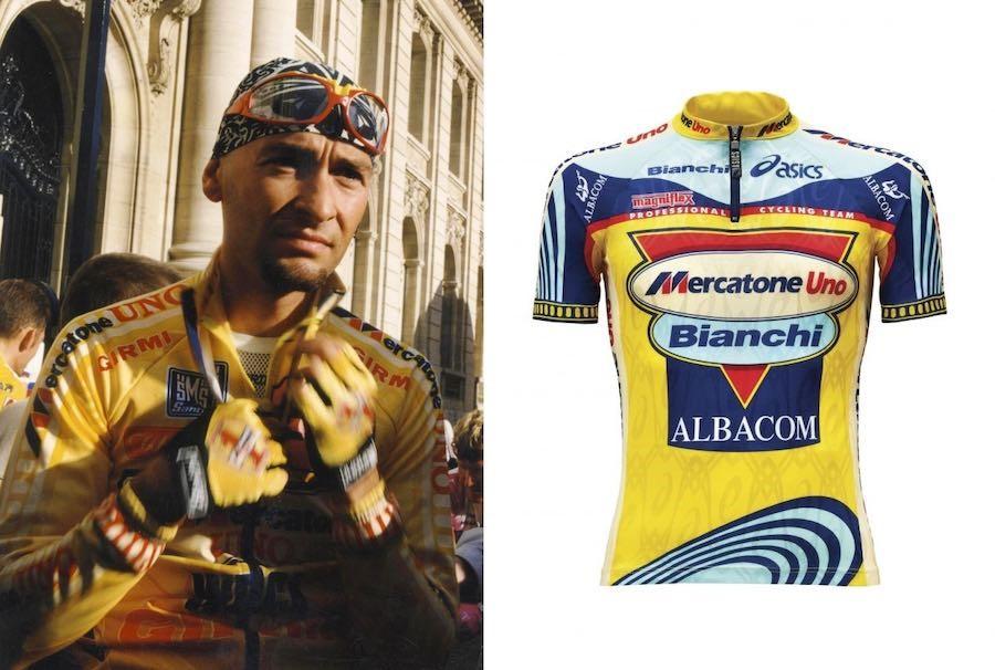 Marco Pantani e a camisa que ele usava no Milan-San Remo em 1999.