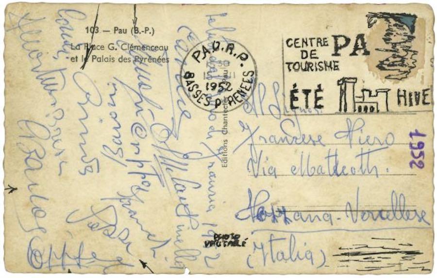 Um cartão postal assinado por vários ciclistas do Tour de 1952.
