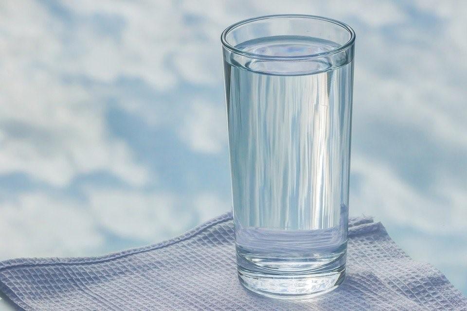 Vidro, Água, Guardanapo, Reflexão Do Céu, Copo De Vidro